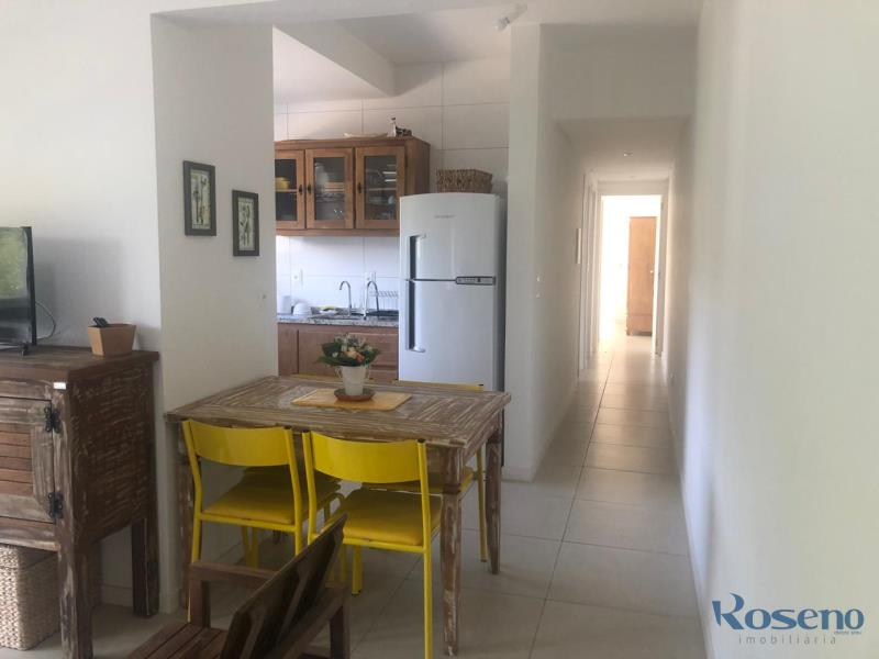 Apartamento Codigo 99 para Alugar para temporada no bairro Palmas na cidade de Governador Celso Ramos Sala de jantar