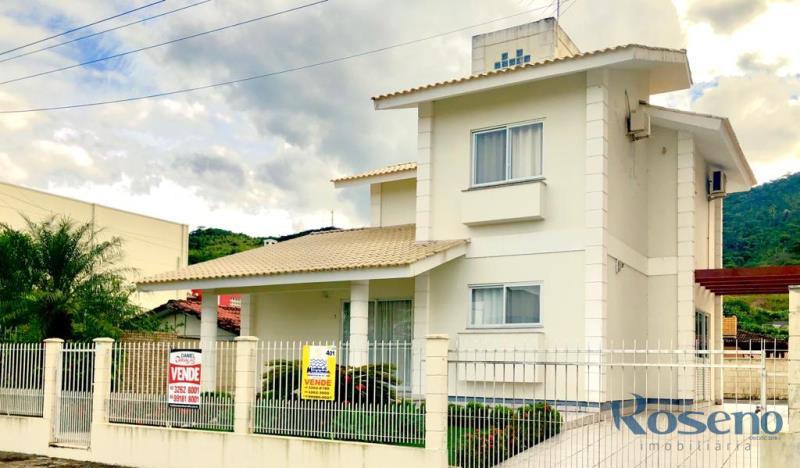 Casa-Codigo-222-a-Venda-no-bairro-Palmas-na-cidade-de-Governador-Celso-Ramos
