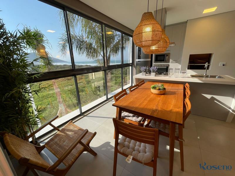 Sala de jantar com vista Mar