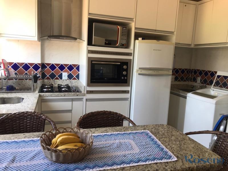 Apartamento Codigo 111 para Alugar para temporada no bairro Palmas na cidade de Governador Celso Ramos Cozinha