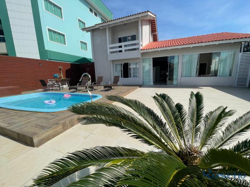 Casa-Codigo-14-para-Alugar-na-temporada-no-bairro-Palmas-na-cidade-de-Governador-Celso-Ramos