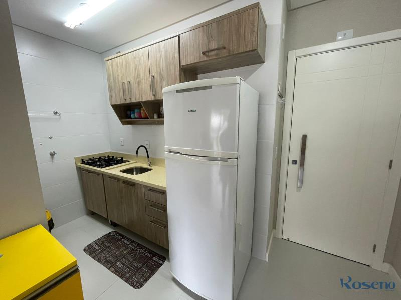 Apartamento Codigo 103 para Alugar para temporada no bairro Palmas na cidade de Governador Celso Ramos cozinha